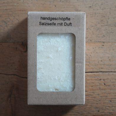 Handgeschöpfte Salzseife